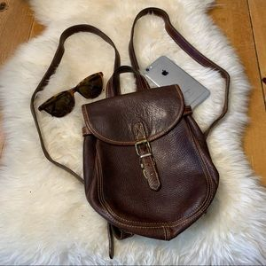 ROOTS leather backpack